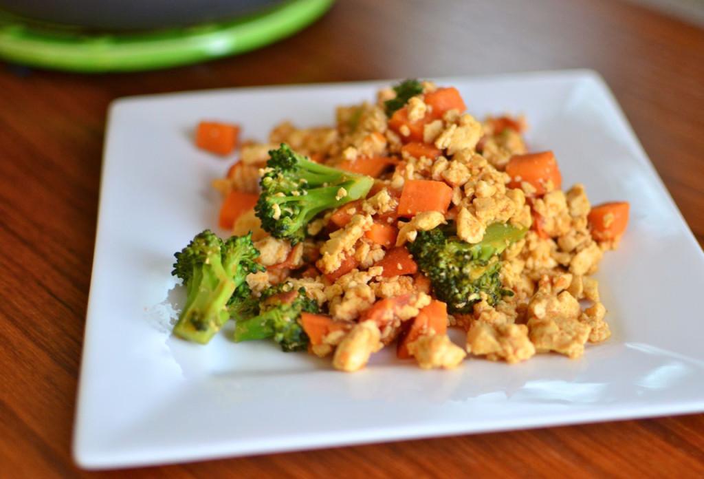 Red-Curry-Tofu-Scramble